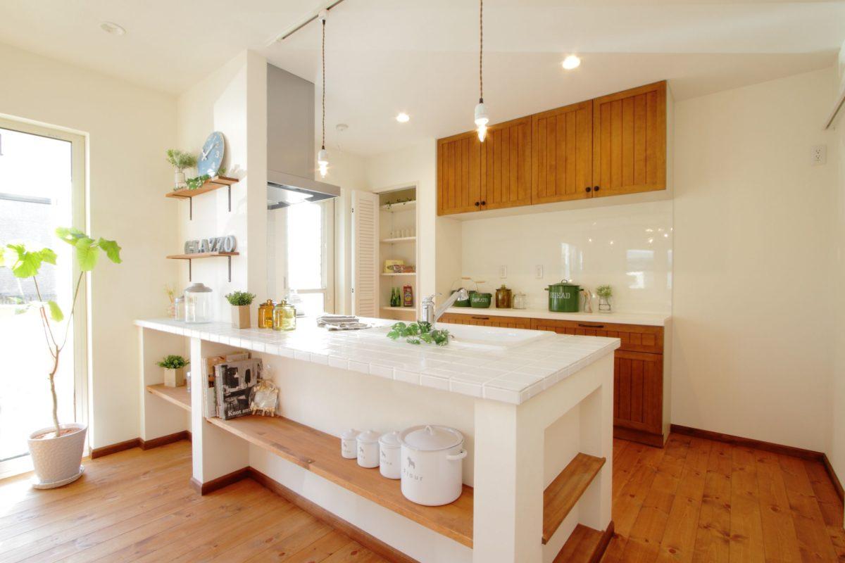 a tiled kitchen